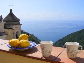 Amalfi Coast & Gulf of Naples Holiday apartment Casa dei Limoni