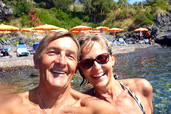 amalfi christian personals Amalfi's best 100% free singles dating site meet thousands of singles in amalfi with mingle2's free personal ads and chat rooms our network of single men and women in amalfi is the perfect place to make friends or find a boyfriend or girlfriend in amalfi.